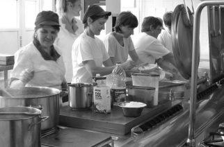 Nevidne delavke in delavci