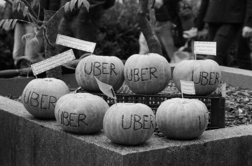 Za interese ljudi, ne kapitala! – Miti in resnice o Uberju